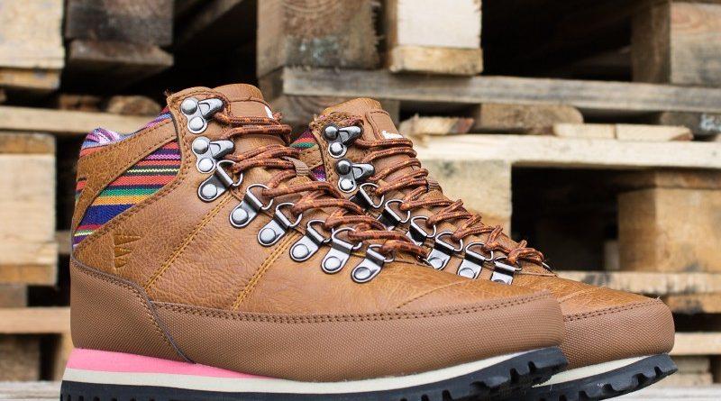 Buty trekkingowe w mieście hot or not? Sfera butów