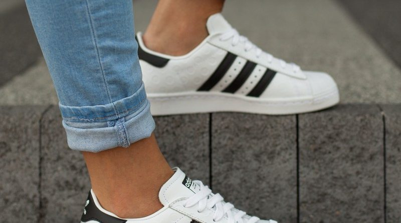 Retro sneakery hot or not? Sfera butów